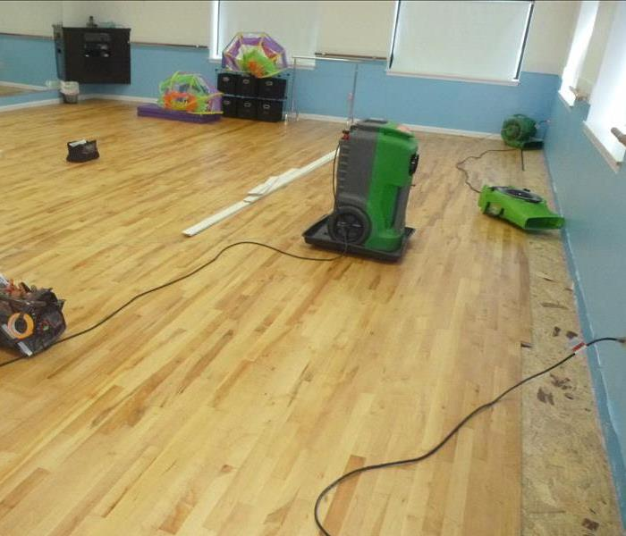 Water leaks into dancing school After